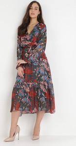 Sukienka born2be z długim rękawem w stylu boho trapezowa