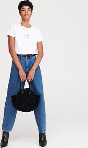 T-shirt Reserved z okrągłym dekoltem z nadrukiem w młodzieżowym stylu
