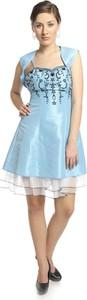 Niebieska sukienka Fokus z tiulu rozkloszowana z dekoltem w kształcie litery v
