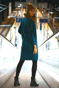 Turkusowa sukienka Byinsomnia z długim rękawem z bawełny w stylu casual