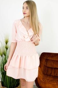 Różowa sukienka Olika z dekoltem w kształcie litery v z krótkim rękawem mini