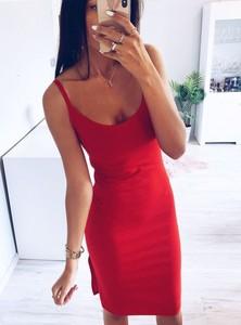 Sukienka Pakuten na ramiączkach w stylu casual midi