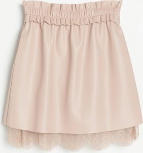 Różowa spódnica Reserved ze skóry
