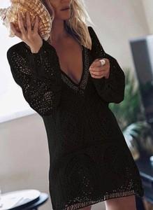 Czarna sukienka Sandbella w stylu boho mini