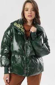 Zielona kurtka born2be krótka w stylu casual