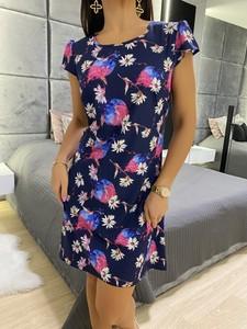 Sukienka ModnaKiecka.pl w stylu casual mini z krótkim rękawem