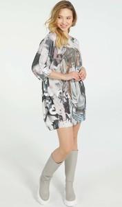 Sukienka Unisono w stylu casual z długim rękawem