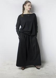 Sukienka Meleksima z długim rękawem maxi