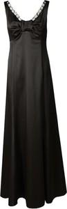 Sukienka Fokus na ramiączkach z dekoltem w kształcie litery v