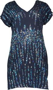 Sukienka Y.A.S z dekoltem w kształcie litery v z krótkim rękawem prosta