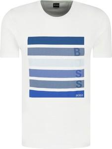 T-shirt Hugo Boss w młodzieżowym stylu