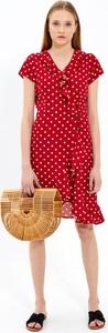 Czerwona sukienka Gate w stylu casual mini