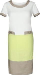 Sukienka Fokus z lnu z krótkim rękawem z okrągłym dekoltem