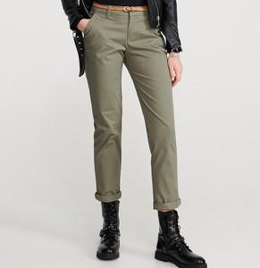 Zielone spodnie Reserved w stylu klasycznym