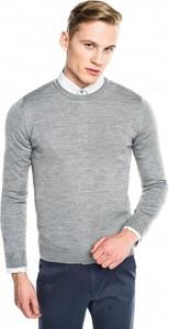 Szary sweter recman