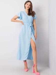 Niebieska sukienka Promese maxi z dekoltem w kształcie litery v