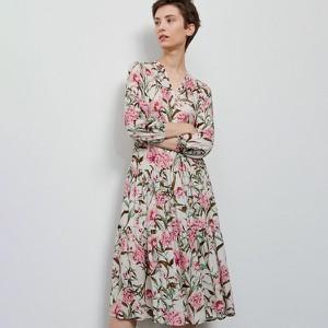 Sukienka Reserved maxi z dekoltem w kształcie litery v