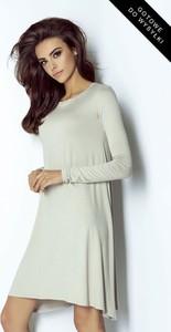 Sukienka Ivon z długim rękawem z okrągłym dekoltem w stylu casual