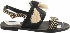 Czarne sandały Etam ze skóry z klamrami z płaską podeszwą