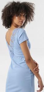 Niebieska sukienka born2be w stylu casual z krótkim rękawem