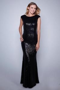 Czarna sukienka Yournewstyle maxi