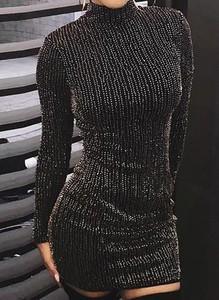Czarna sukienka Cikelly z okrągłym dekoltem mini dopasowana