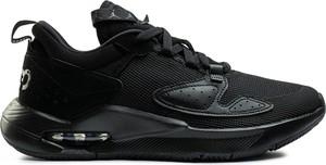 Czarne buty sportowe Jordan