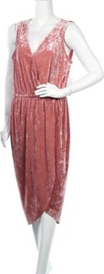 Różowa sukienka Justfab