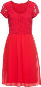 Różowa sukienka bonprix BODYFLIRT z krótkim rękawem z okrągłym dekoltem