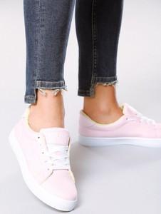 Born2be różowe buty sportowe the space