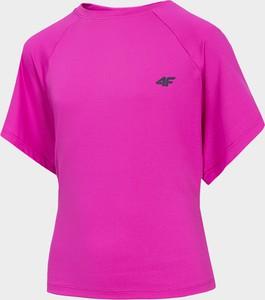 Różowa koszulka dziecięca 4fsklep.pl z krótkim rękawem