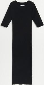 Czarna sukienka Reserved maxi w stylu casual
