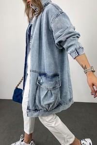 Niebieska kurtka IVET z jeansu