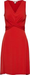 Czerwona sukienka Anna Field na co dzień
