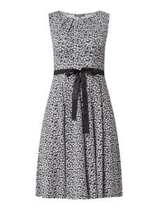 Granatowa sukienka Montego bez rękawów