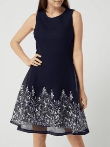 Granatowa sukienka DKNY z okrągłym dekoltem bez rękawów