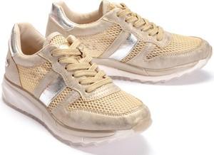 Różowe buty sportowe XTI w stylu boho sznurowane na koturnie