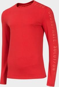 Czerwona koszulka z długim rękawem 4F z dzianiny