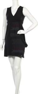 Czarna sukienka Zergatik