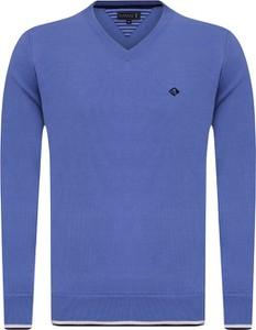 Niebieski sweter Sir Raymond Tailor z bawełny