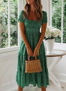 Zielona sukienka Cikelly z dekoltem w łódkę midi z bawełny