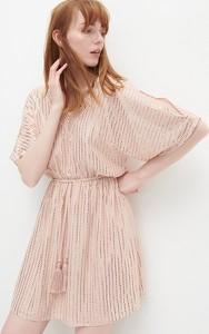 Różowa sukienka Reserved mini z długim rękawem