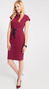 Sukienka QUIOSQUE z krótkim rękawem