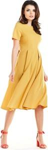 Żółta sukienka Awama w stylu casual rozkloszowana