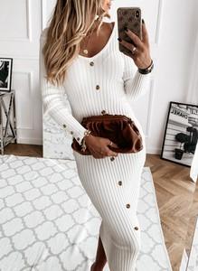Sukienka Sandbella dopasowana maxi z długim rękawem