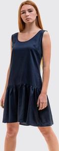 Granatowa sukienka Szachownica bez rękawów mini z okrągłym dekoltem