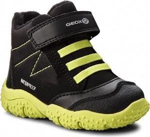 Czarne buty dziecięce zimowe Geox z plaru