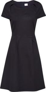 Czarna sukienka Boss z okrągłym dekoltem midi z krótkim rękawem