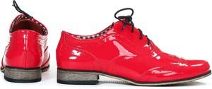 Czerwone półbuty Zapato w stylu retro