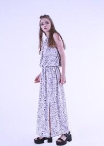 Sukienka Sthorm z tkaniny